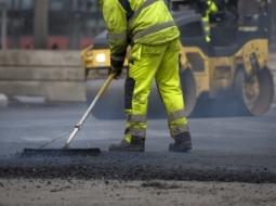 Rifacimento del manto stradale
