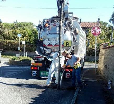 Al via la pulizia delle caditoie stradali